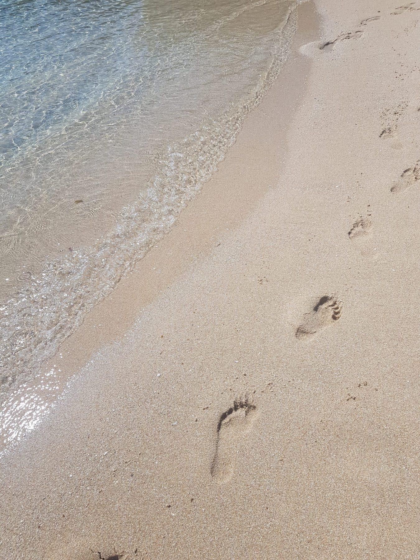 strand voetstappen